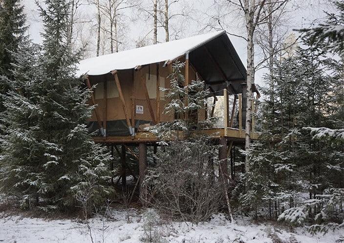 Safari tent resistant snow